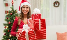 Give Yourself a Merry Little Debt Free Christmas
