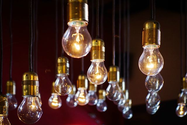 12 Simple Ways to save money on your Energy bills_opt