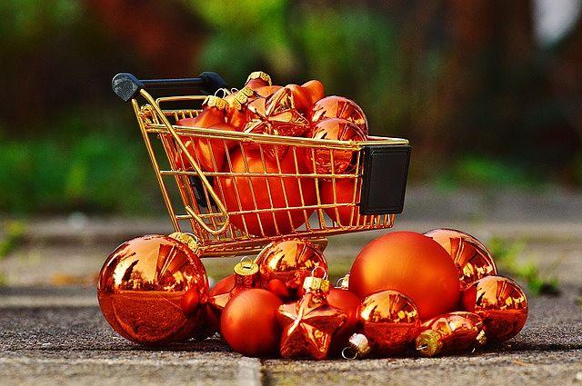 Money saving ideas christmas-shopping