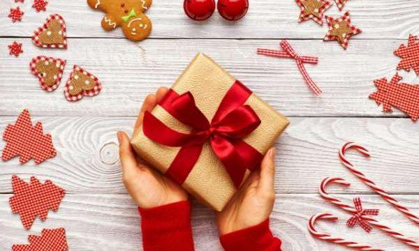 save-money-on-christmas-presents
