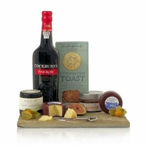 Christmas-gift-guide-Cheese-Hamper